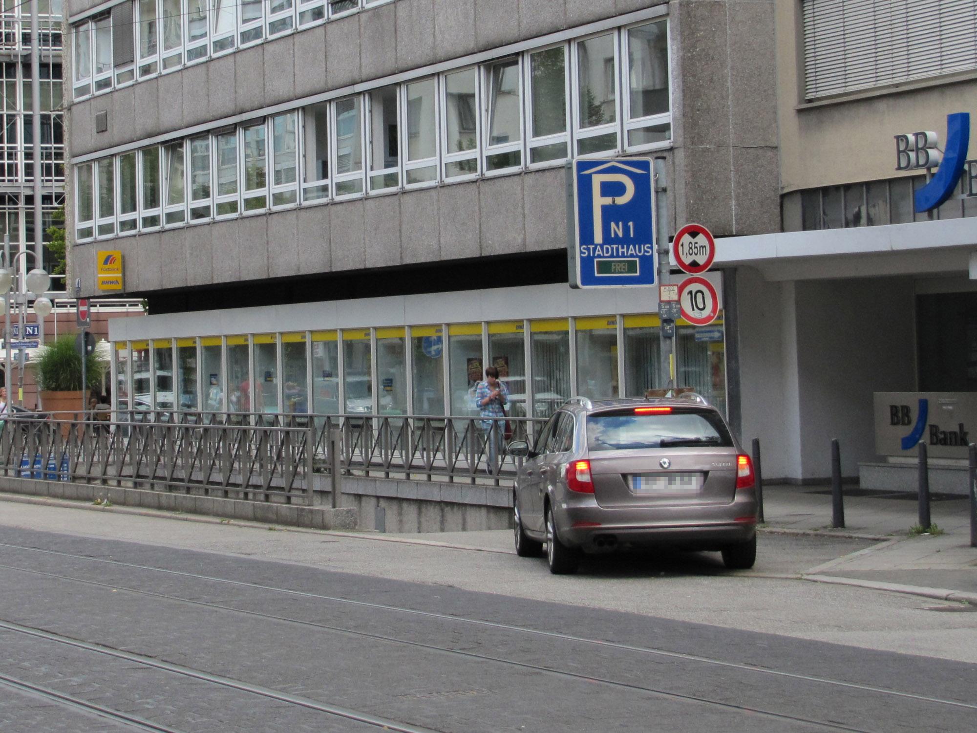 Parkhaus P1 Tiefgarage Mannheim
